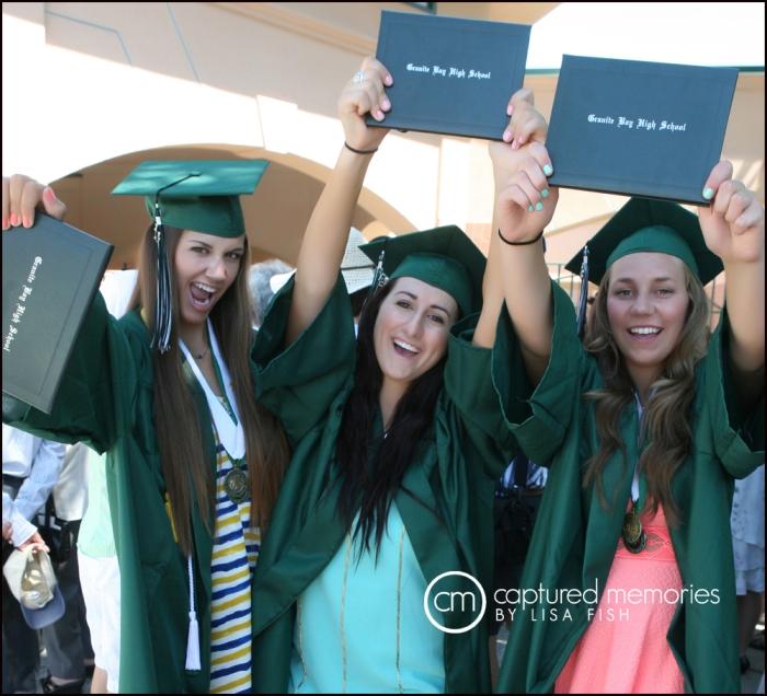 3 girls after graduation