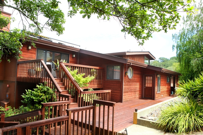 view 755 Rowland-click here